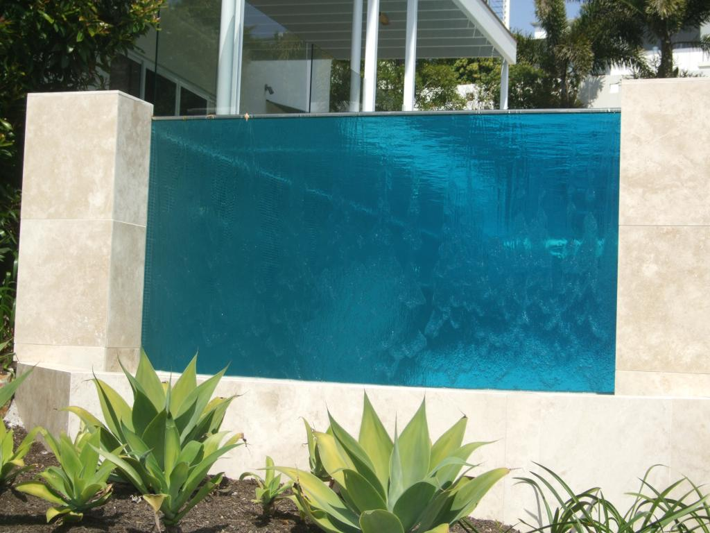 Pool windows pool glass floors pool glass walls glasscon gmbh architectural building for Glass swimming pool walls cost