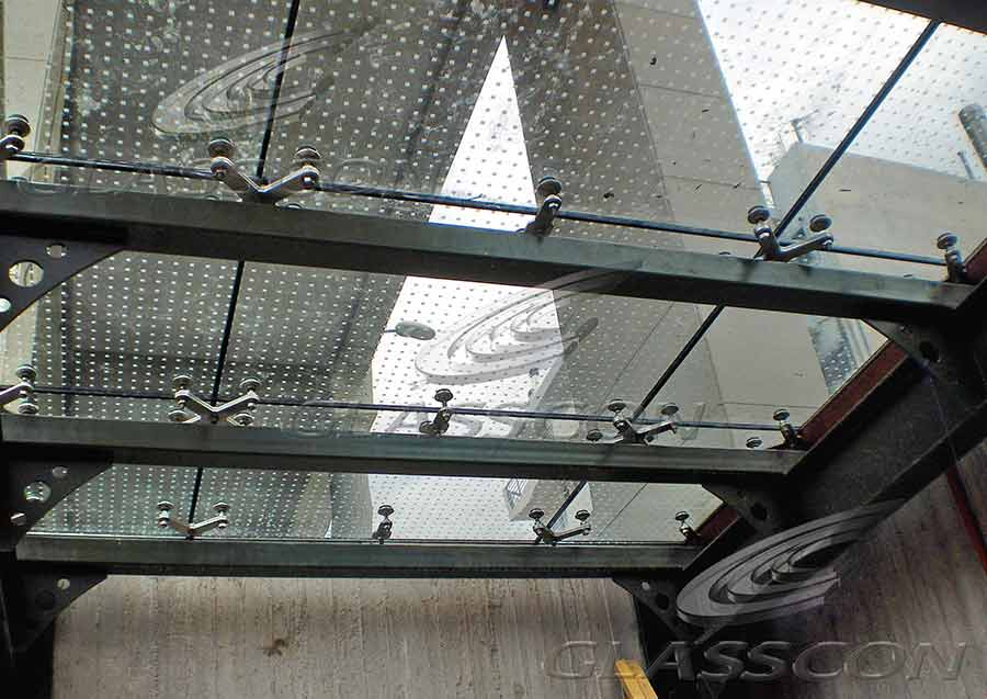 Glass Floor Using Point Fixed Spider System Glasscon