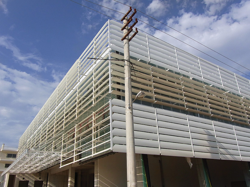 Telecom Hq Building Skin Motorized Aluminium Airfoils