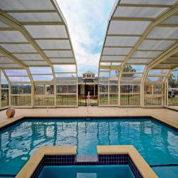 Freestanding Retractable Pool Enclosures