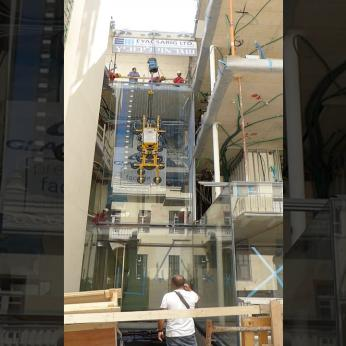 GLASSCON GmbH   OVERSIZED 7m x 3 5 m FRAMELESS GLASS INSTALLATION