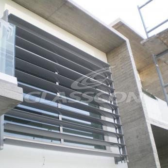 Brise Soleil with Aluminum Louvers Residential Glasscon 07.jpg