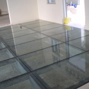 Glass Floor Glasscon 00.jpg