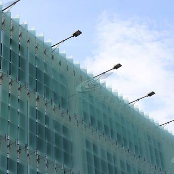 Building Facade & Fixed Vertical Glass Louvers